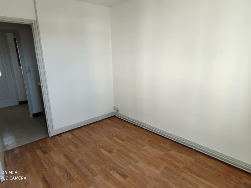 Rental apartment Saint quentin 420€ CC - Picture 10