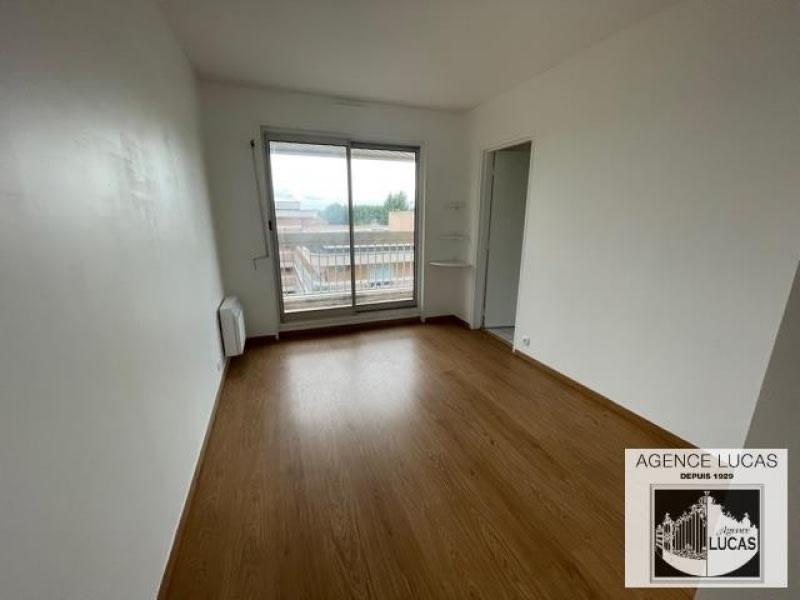 Location appartement Verrieres le buisson 1250€ CC - Photo 4