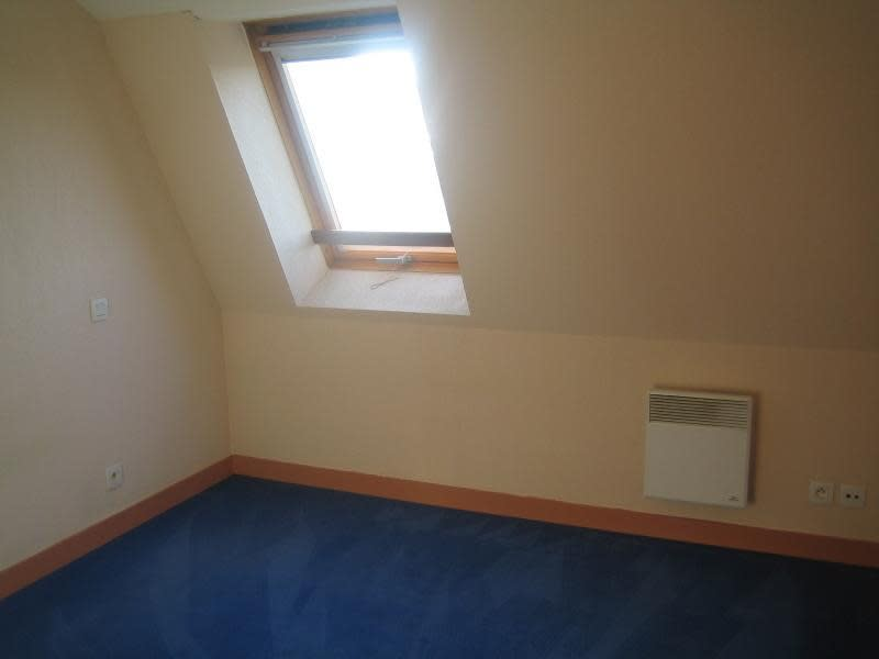 Rental apartment St ave 447€ CC - Picture 4