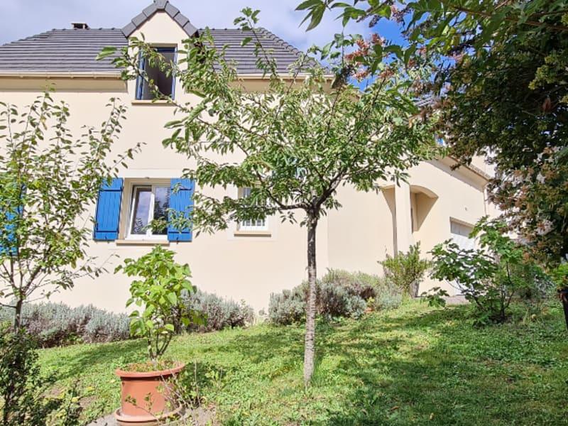 Sale house / villa Osny 458000€ - Picture 1