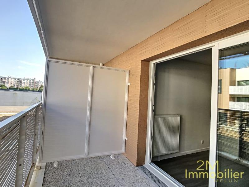 Rental apartment Melun 690€ CC - Picture 2