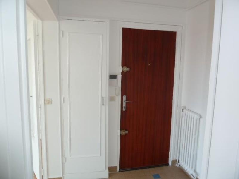 Rental apartment Pontoise 890€ CC - Picture 2