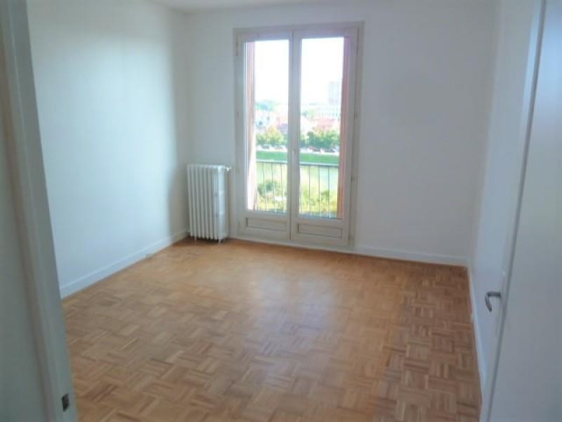 Rental apartment Pontoise 890€ CC - Picture 7
