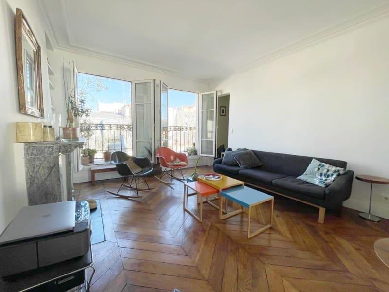 Sale apartment Paris 11ème 745000€ - Picture 1