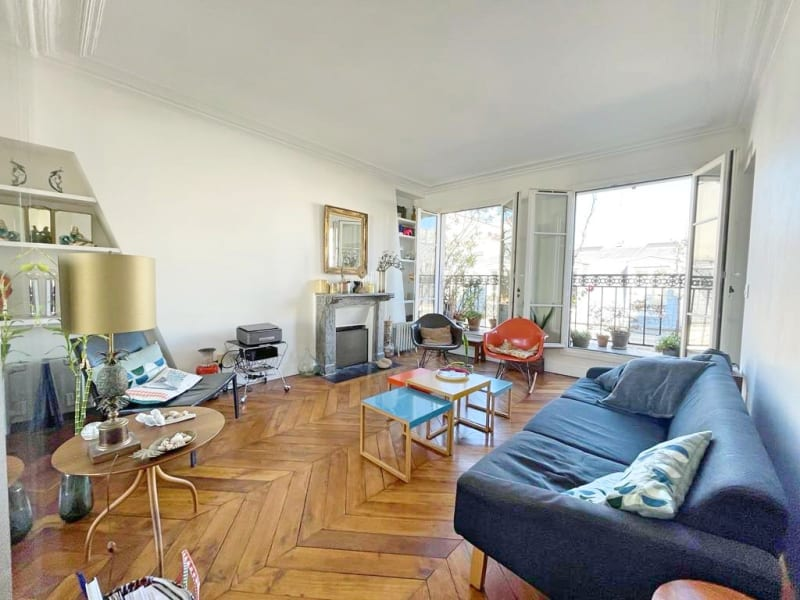 Sale apartment Paris 11ème 745000€ - Picture 2