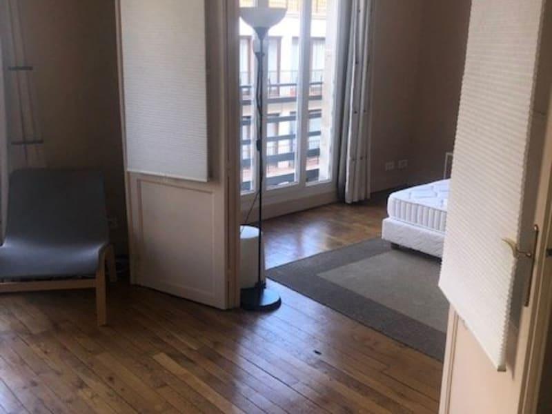 Location appartement Paris 17ème 1390€ CC - Photo 2