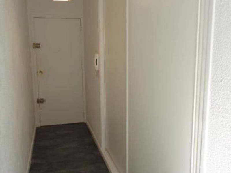 Location appartement Fontenay le fleury 650€ CC - Photo 4