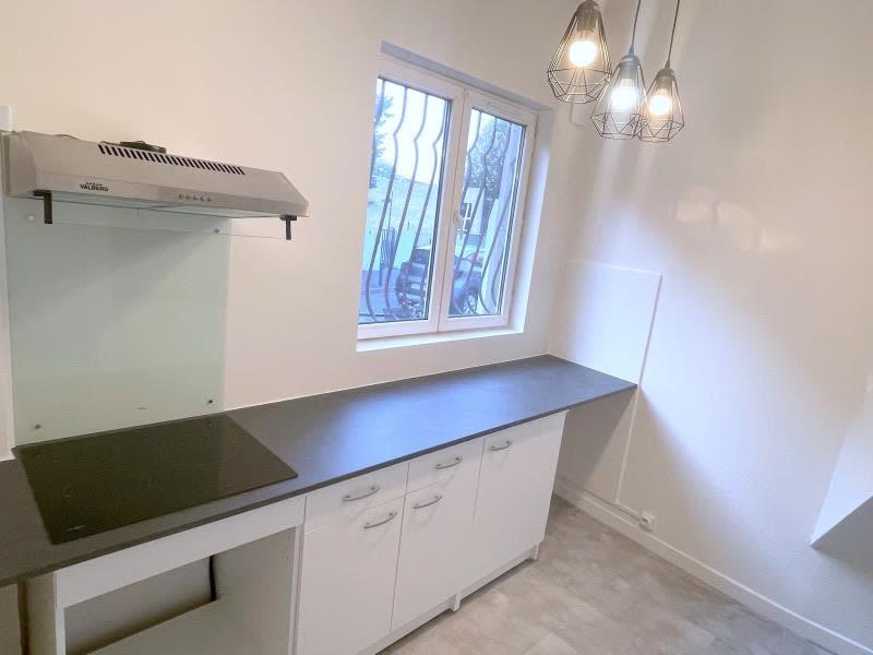 Rental apartment Villemomble 795€ CC - Picture 1
