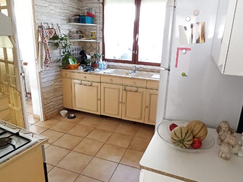Sale house / villa Thiers sur theve 250000€ - Picture 2