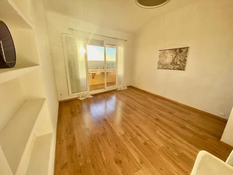 Sale apartment Eguilles 225000€ - Picture 4