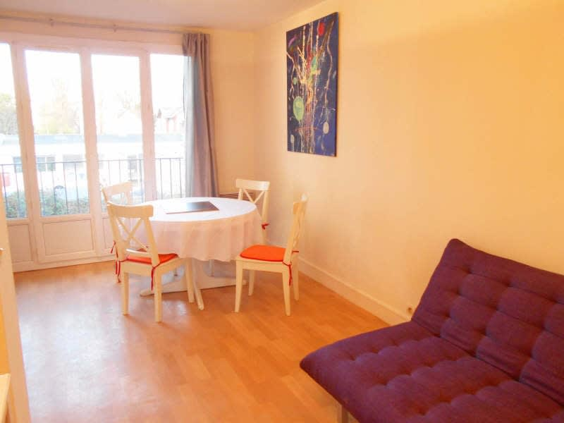 Rental apartment Poissy 700€ CC - Picture 3