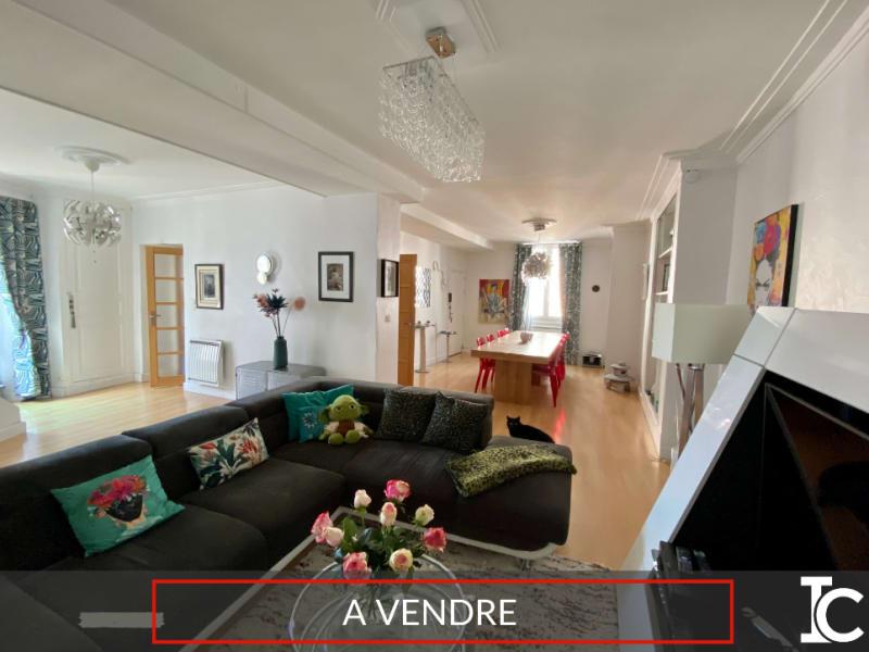 Sale apartment Voiron 349000€ - Picture 1