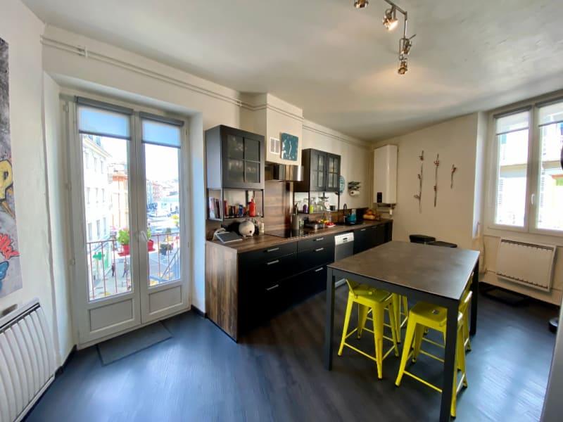 Sale apartment Voiron 349000€ - Picture 2