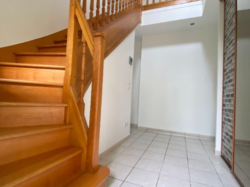 Rental house / villa Neuville sur oise 2280€ CC - Picture 2