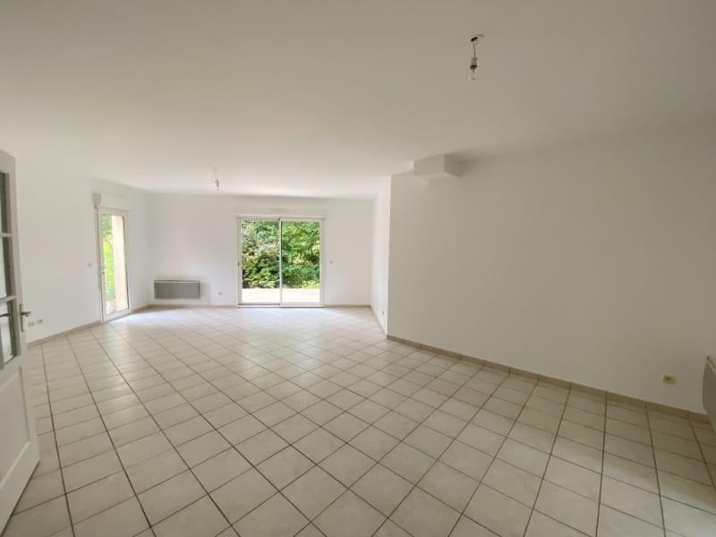 Rental house / villa Neuville sur oise 2280€ CC - Picture 3