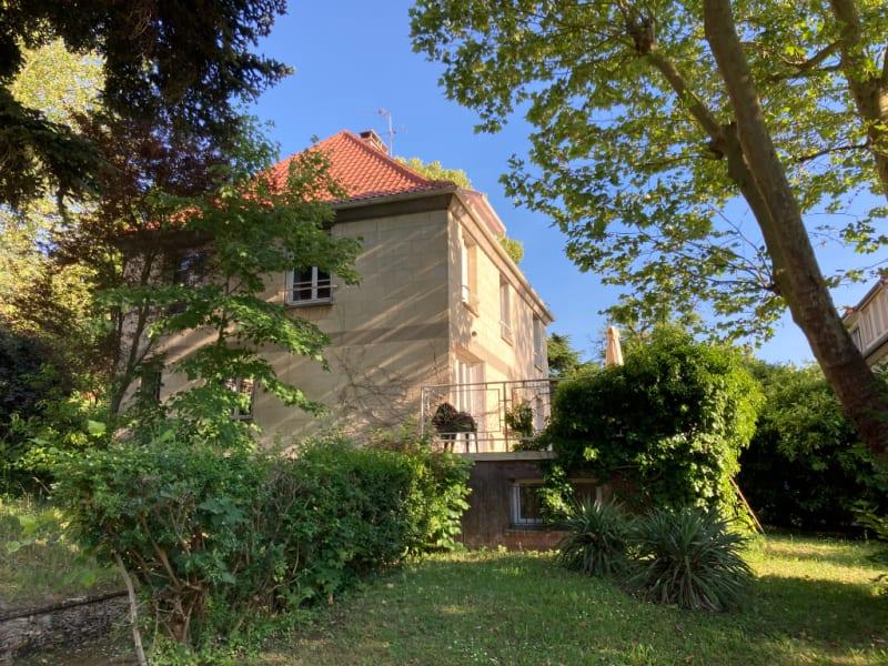 Sale house / villa La celle saint cloud 950000€ - Picture 1