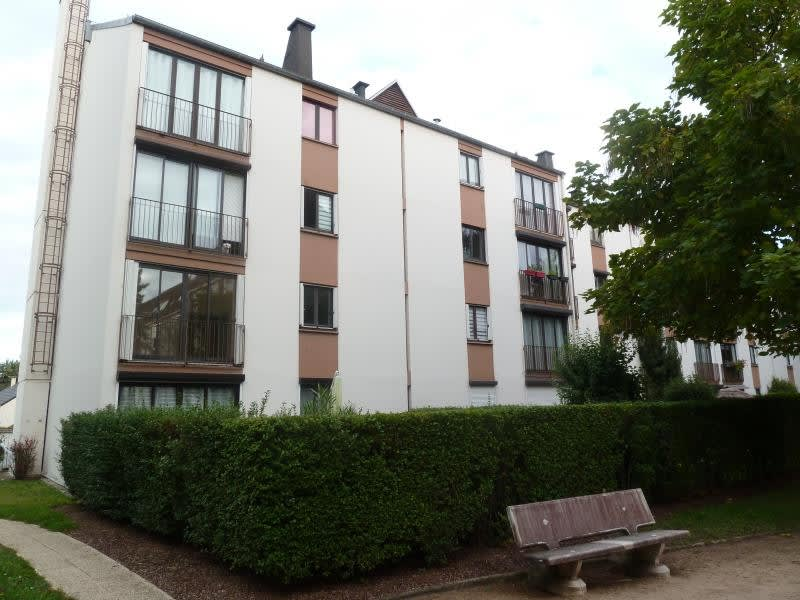Rental apartment Andresy 920,09€ CC - Picture 1