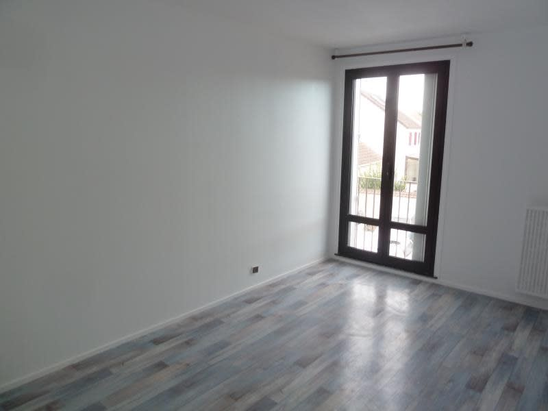 Rental apartment Andresy 920,09€ CC - Picture 6