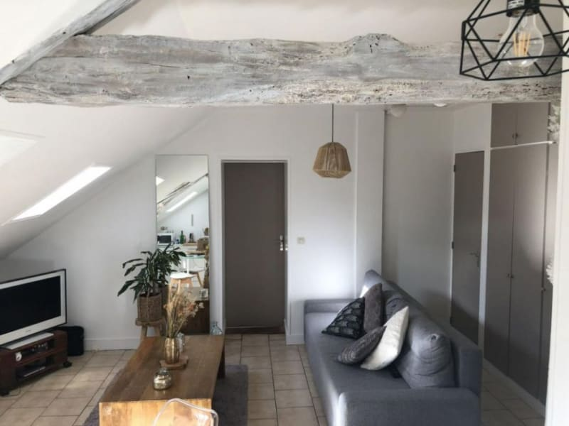 Location appartement Orbec 325€ CC - Photo 1