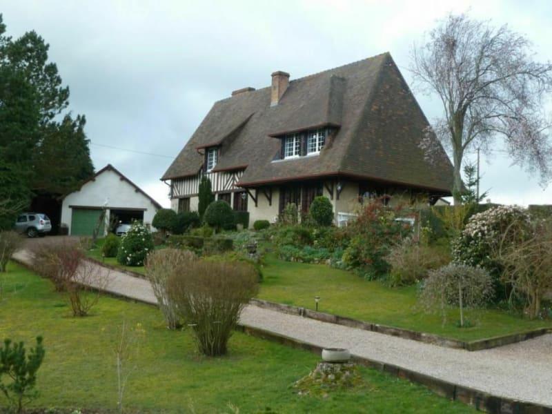 Sale house / villa Livarot-pays-d'auge 294000€ - Picture 1