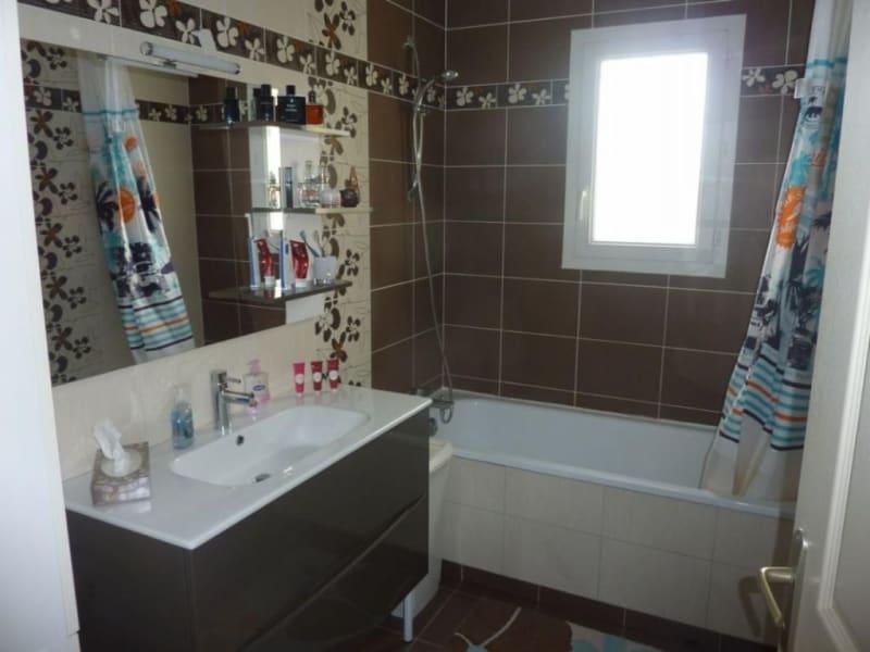 Sale house / villa Moyaux 231000€ - Picture 5