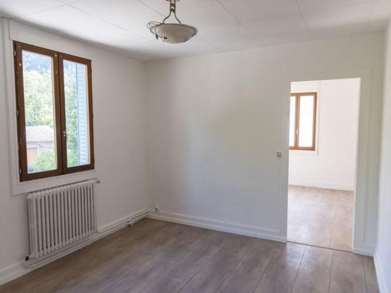Location appartement Nantua 522€ CC - Photo 1