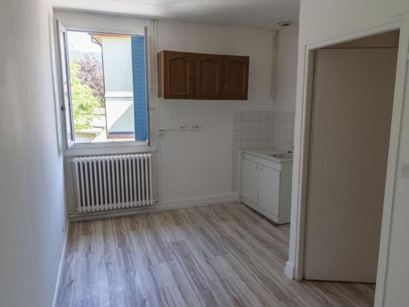 Location appartement Nantua 522€ CC - Photo 3