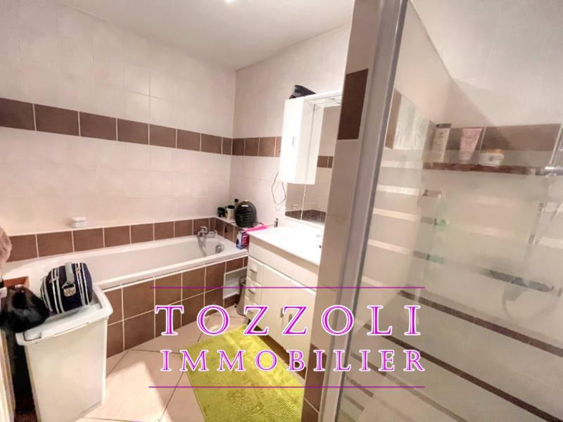 Sale house / villa Saint quentin fallavier 387000€ - Picture 12
