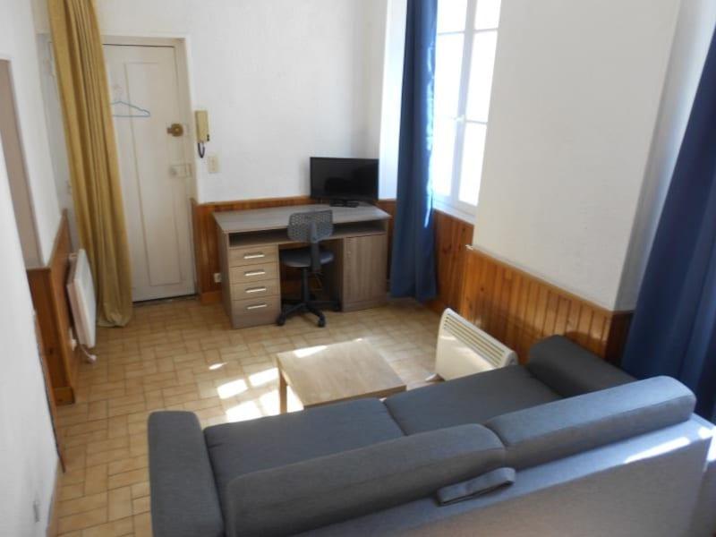 Rental apartment Provins 330€ CC - Picture 2