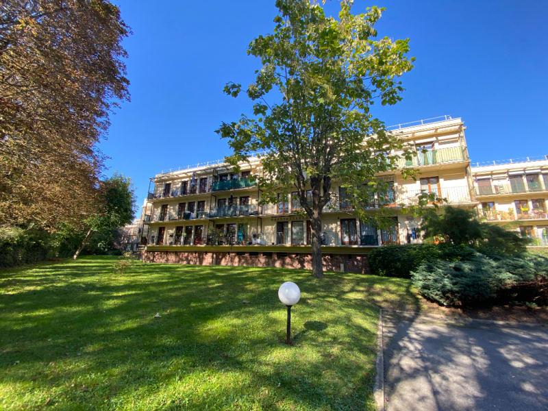Rental apartment Le plessis bouchard 760€ CC - Picture 1