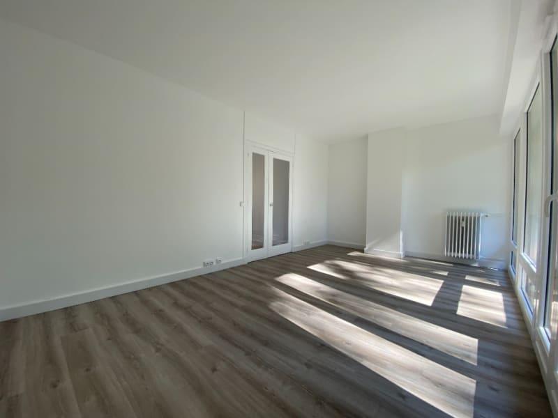 Rental apartment Le plessis bouchard 760€ CC - Picture 5