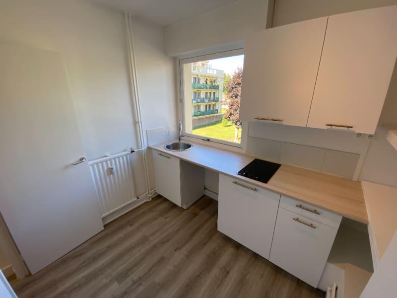 Rental apartment Le plessis bouchard 760€ CC - Picture 10