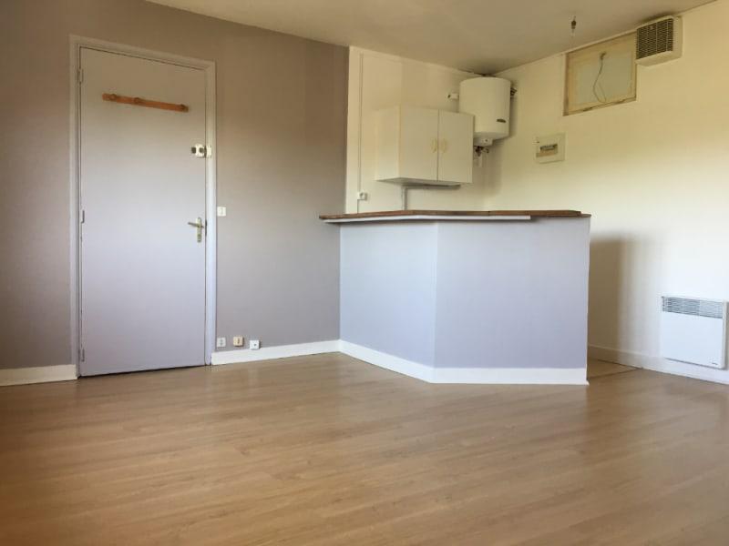Rental apartment Falaise 220€ CC - Picture 4