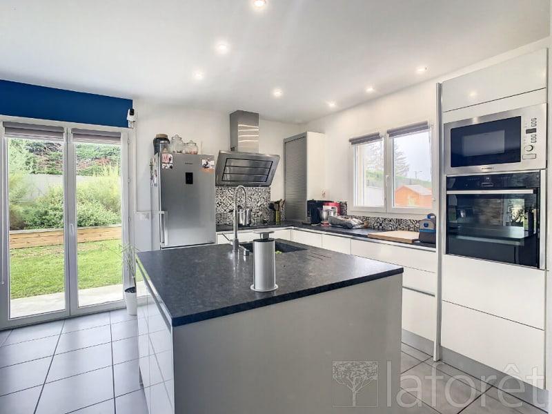 Vente maison / villa Villefontaine 399900€ - Photo 2
