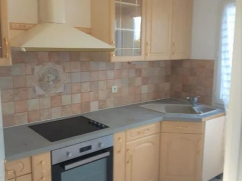Rental apartment Acheres 883,49€ CC - Picture 4
