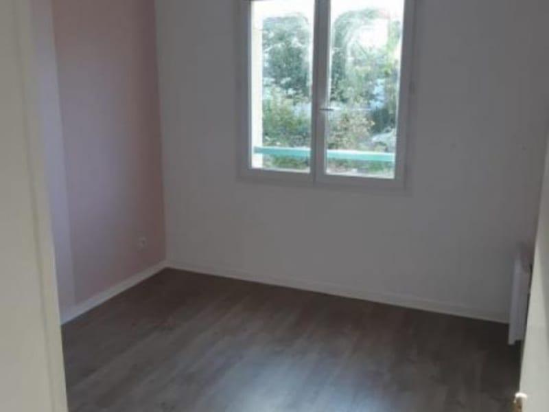 Rental apartment Acheres 883,49€ CC - Picture 6