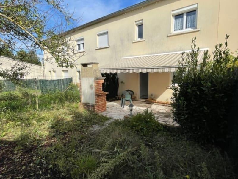 Sale house / villa Orry la ville 200000€ - Picture 1
