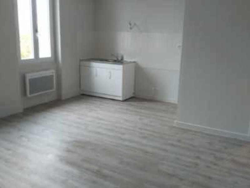 Location appartement Violay 413€ CC - Photo 3