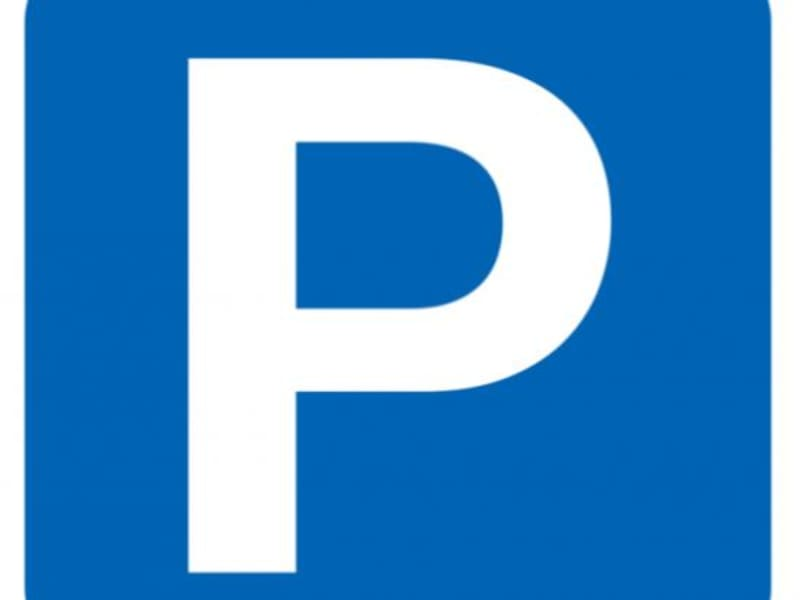 Location parking Tarare 54€ CC - Photo 1