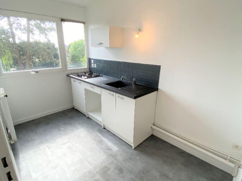 Rental apartment Saint leu la foret 786€ CC - Picture 8