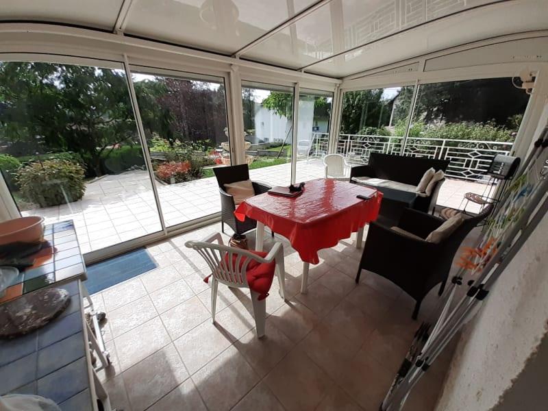 Sale house / villa Lons le saunier 403000€ - Picture 3