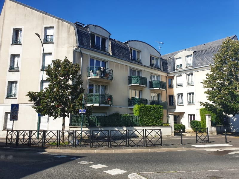 Sale apartment Taverny 162000€ - Picture 1
