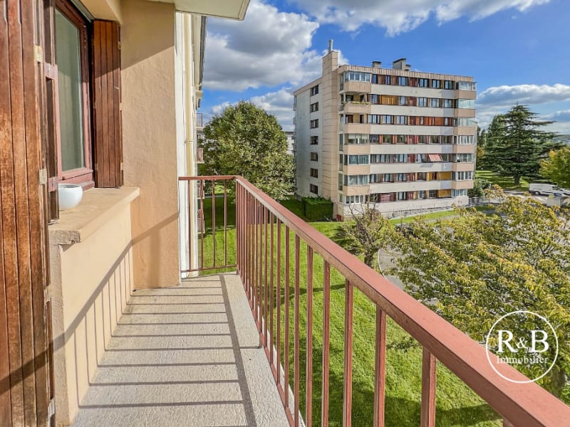 Sale apartment Les clayes sous bois 180000€ - Picture 2