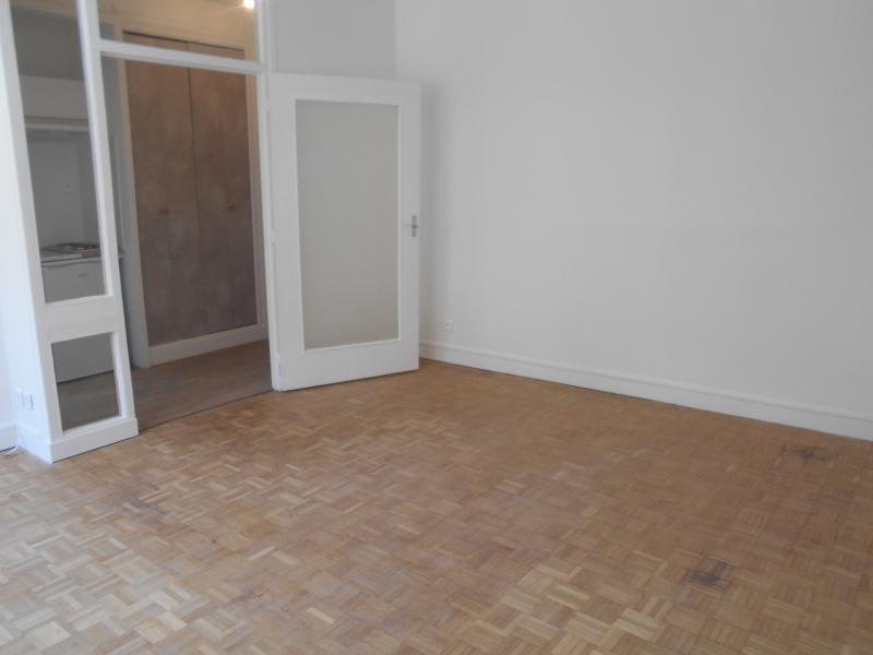 Location appartement Paris 14ème 732€ CC - Photo 3