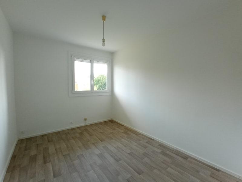Rental apartment Nantes 608,54€ CC - Picture 7