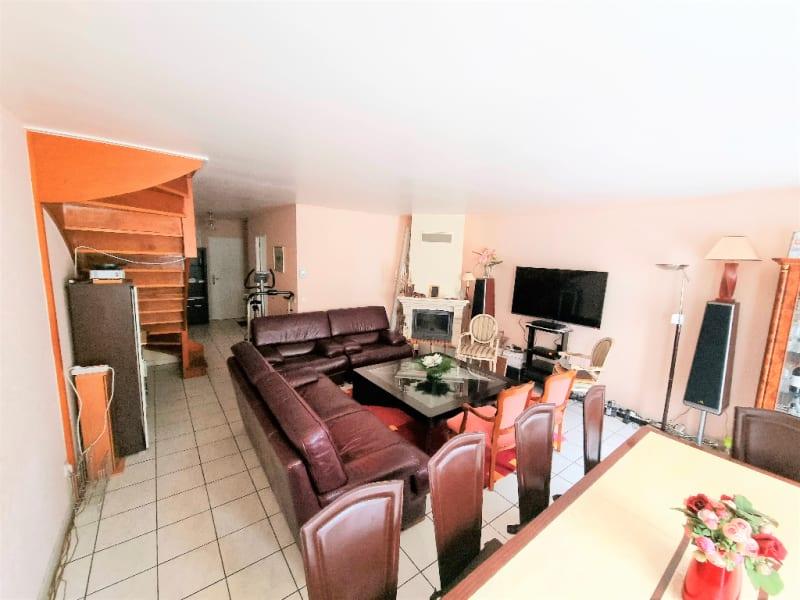 Revenda casa Eragny 348000€ - Fotografia 4