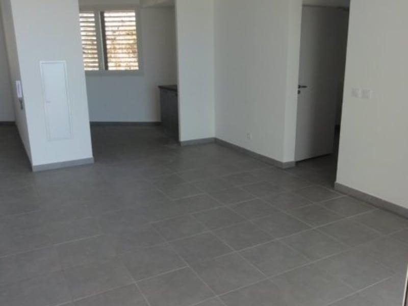 Location appartement St denis 775€ CC - Photo 1
