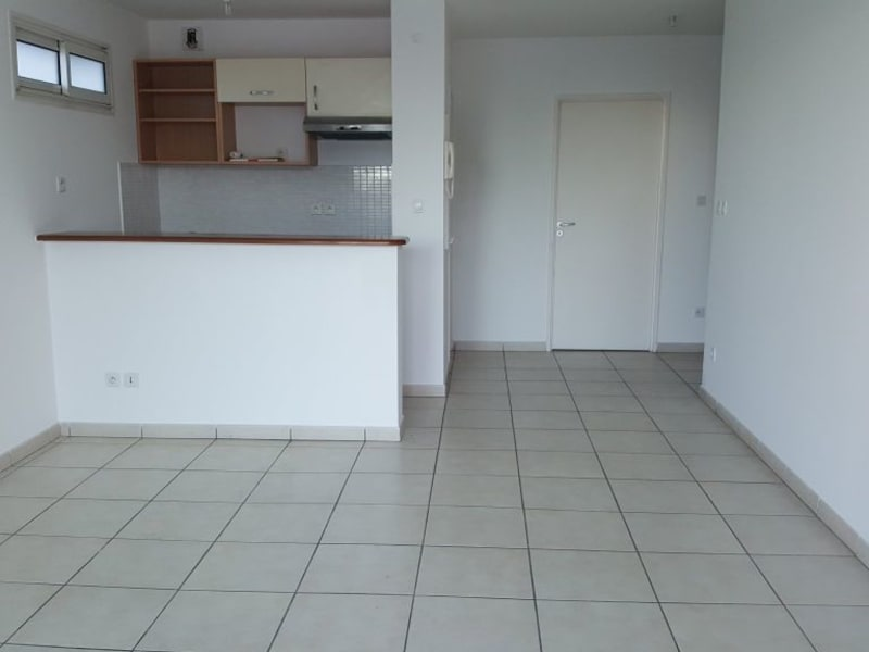 Location appartement Ste clotilde 580€ CC - Photo 4