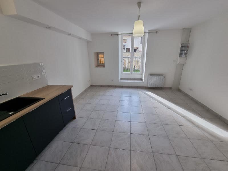 Location appartement Nantua 402€ CC - Photo 3