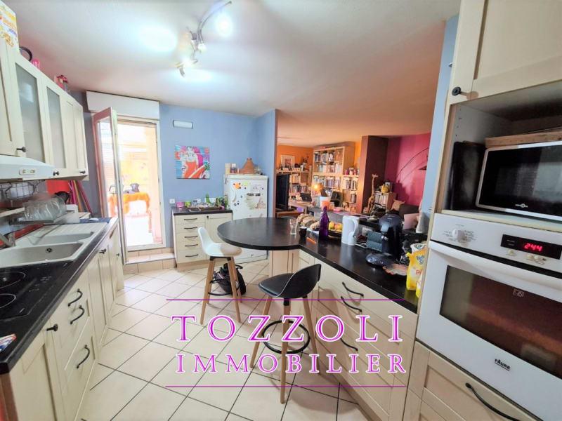 Sale apartment Meyzieu 241500€ - Picture 12